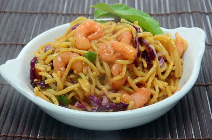 sweet-chilli-noodle-Salad-menu-design-ideas.jpg